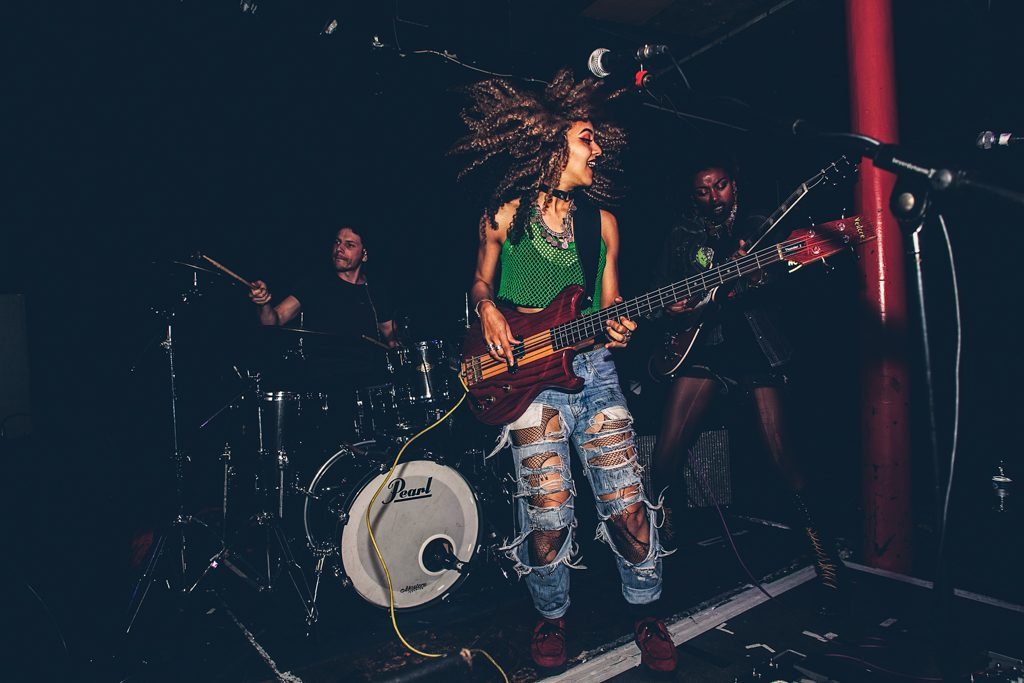 novatwins_soundcontrol_priti_shikotra_manchester_london_musicphotographer-8