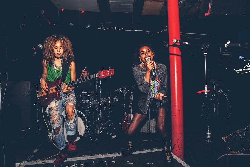 novatwins_soundcontrol_priti_shikotra_manchester_london_musicphotographer-6