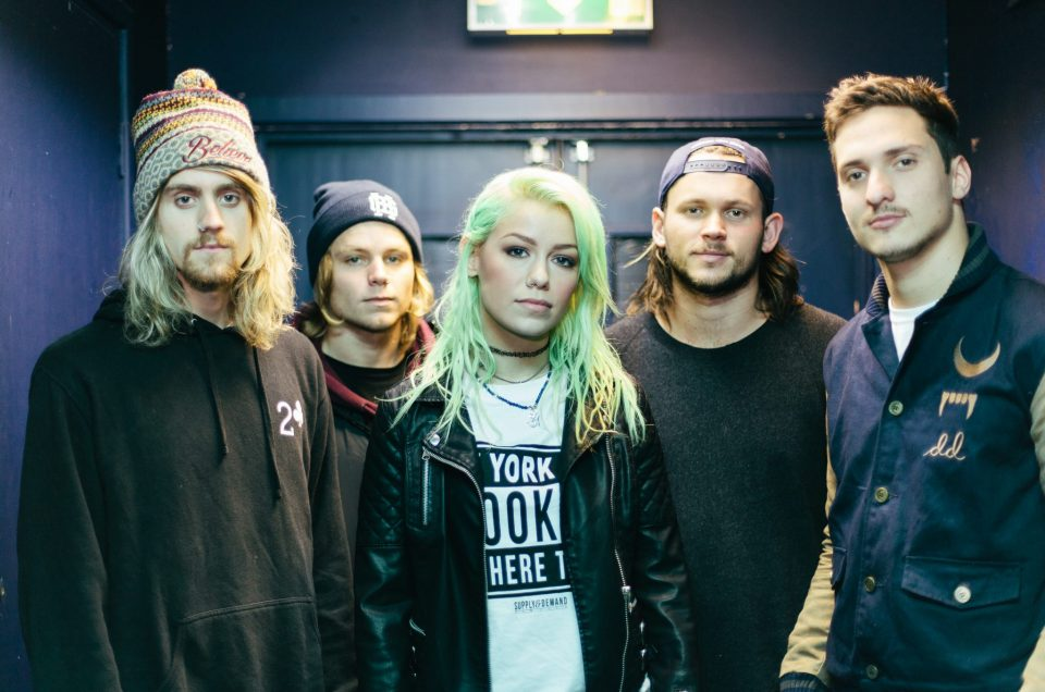 Tonight Alive AAA