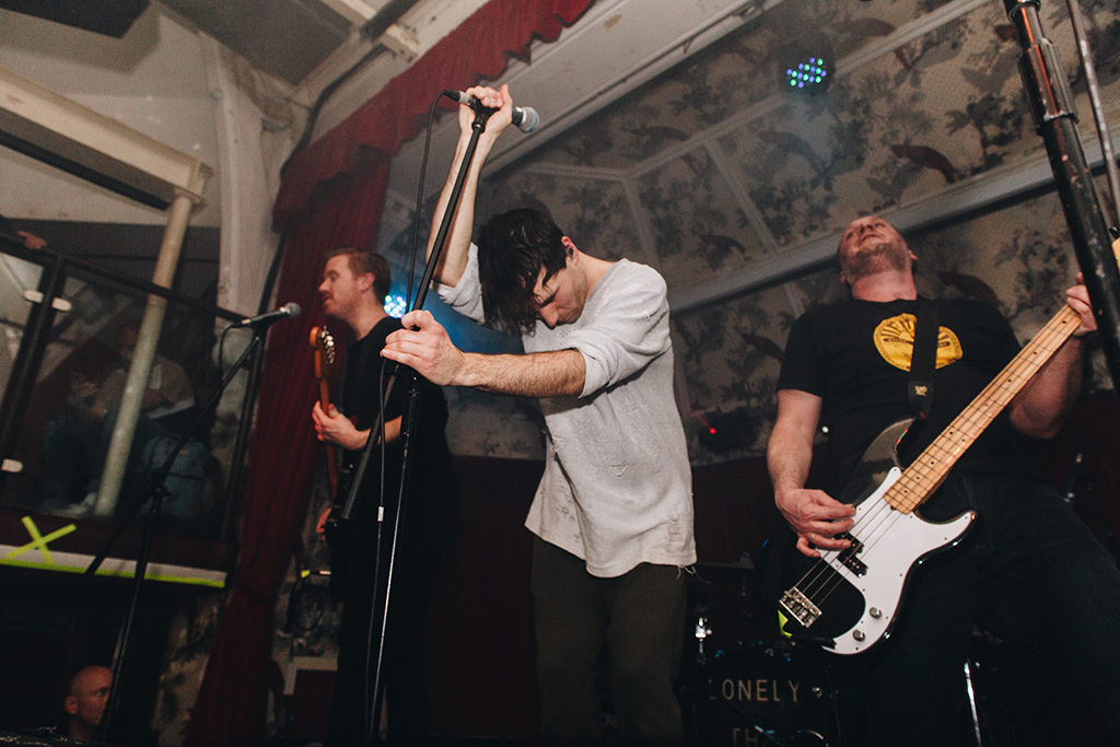 manchester london music photographer lonely the brave deaf institute kerrang